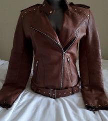 Kožna jakna sa nitnama 🧥prava koža