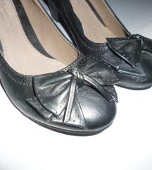 cipele Differente