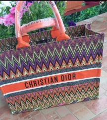 Dior torba novo SNIZENA NA 5000DIN