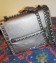 Dve torbice za 1700😊