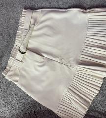 Bela nova kratka suknja