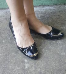 Antonella Rossi lakovane crne kozne baletanke