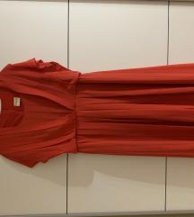 Letnja crvena kao nova haljina