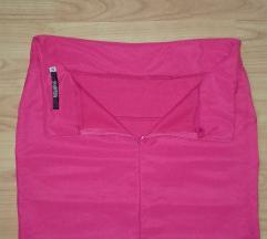 Kratka suknja roze boje