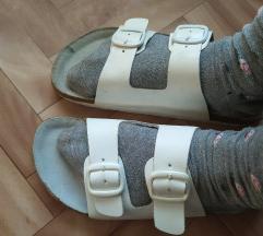 Bele papuce
