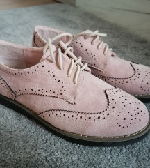 Roze cipelice kao nove