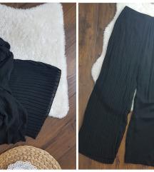 H&M * 46 * plisirane pantalone NOVO