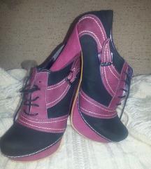 Cipele ciklma crne, SNIZENJE 1000
