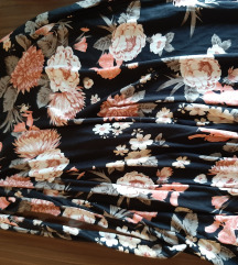 Cvetne letnje pantalone