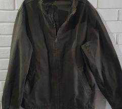 Nova O'Stin diskretno karirana braon pamucna jakna