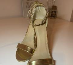 Zlatne sandalice