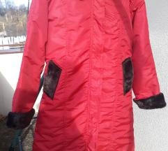 Nova crvena jakna