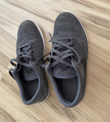 Nike br 39