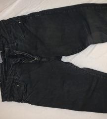 Bershka pantalone 38