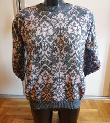 Sivo-rozi džemper kao nov