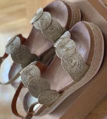 Šafran ženske sandale