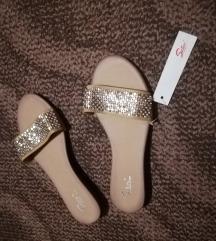 Safran nove papuče