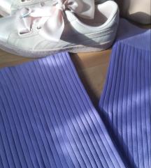 Nove lila trikotazne pantalone