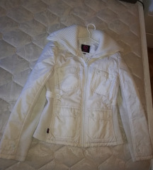Bela jaknica