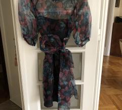 Cvetna kratka haljina