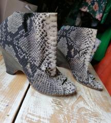 Neobicne italijanske cipele
