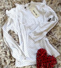 Pamucna bela bluza na tufne,NOVA!