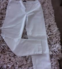 Bele pantalone NOVO