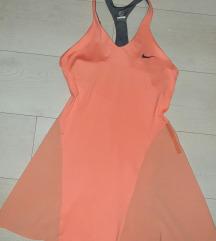 Nike haljina