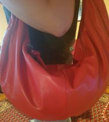 Nova kozna crvena tasna