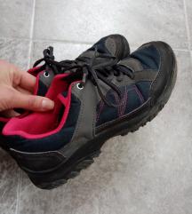 Dečije cipele 38