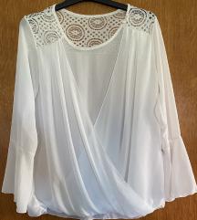 Bluza bela sa čipkom