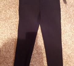 Zara pantalone M