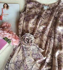 H&M bluza romanticna sa cvetom