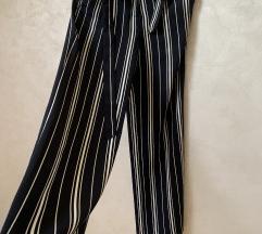 H&M pantalone nove!!!