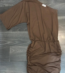 NOVA Svetlo braon haljina na jedno rame