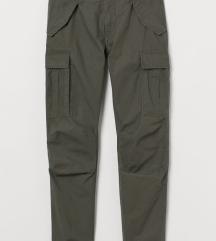 H&M muske pantalone sa etiketom NOVE!