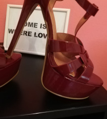 Iz radnje! Nove sandale!