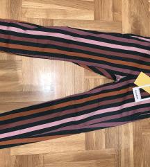 Nove PULL&BEAR ženske pantalone