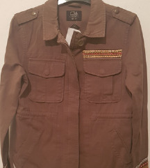 Novo,34,teksas jakna sa detaljima