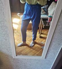 Plave pantalone