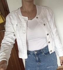 Bela jaknica sa cipkom