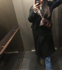 Crni dugacak kaput MONA od vune