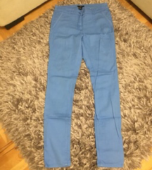 Pet pari pantalona za 1000