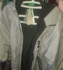 Decija jakna 11,12 Beneton  akcija 3000