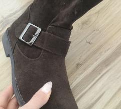 Braon čizme 👢