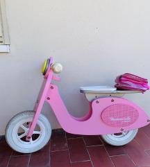 Drveni bicikl / jako popularan za decu