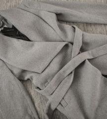 Reserved sivi kaput od vune, vel. 36