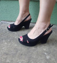 SANTEVINCEZI Italy  kozne sandale platforme