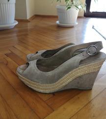ESPRIT sandale od prevnute kože kao Novo