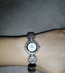 DANAS 1500 DIN Vintage ručni sat sa cirkonima